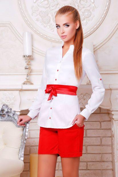 блузки осень-зима: белая с красным поясом