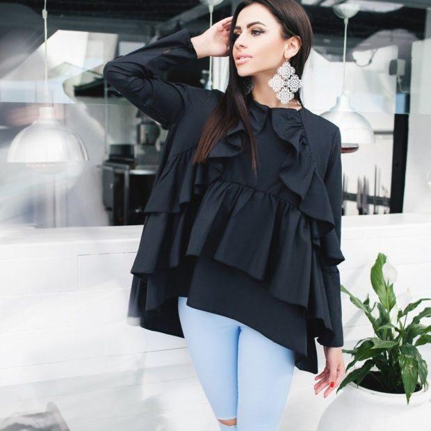 блузки осень-зима: черная с воланами