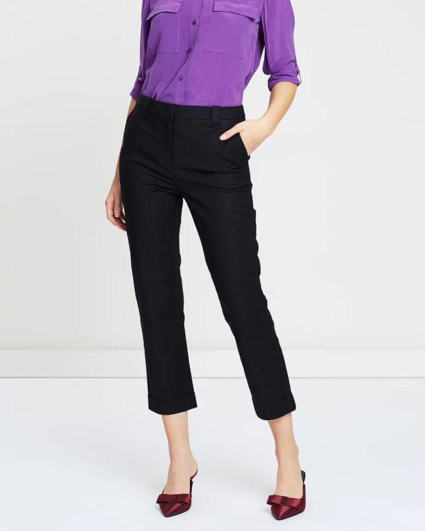 женские брюки 2020-2021: черные укороченные