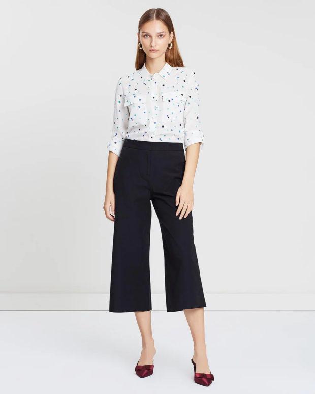 женские брюки: трубы