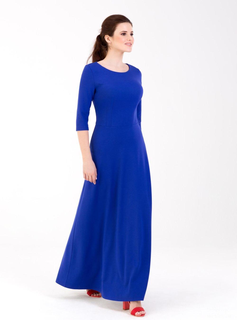 с чем сочетается синий цвет: ультрамариновое платье