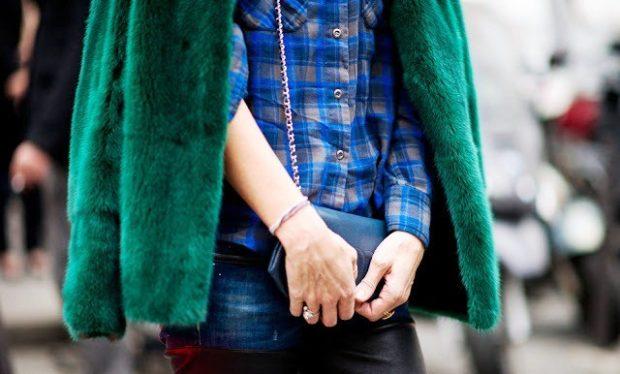 с чем носить синий цвет с зелеую шубку