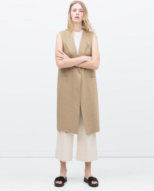 с чем носить жилет удлиненный из шерсти бежевый без рукавов фото