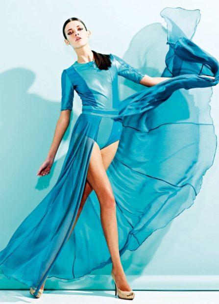 с чем сочетается синий цвет платье циан