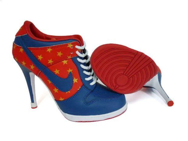 кроссовки синие с красным на каблуке