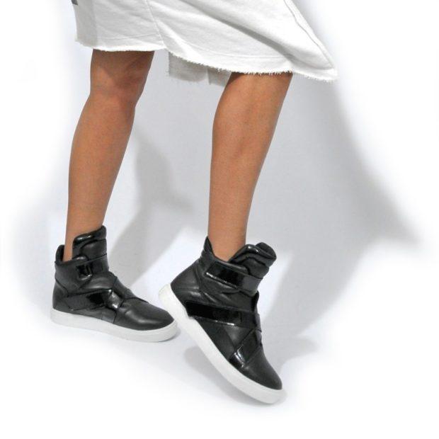 кроссовки высокие черные