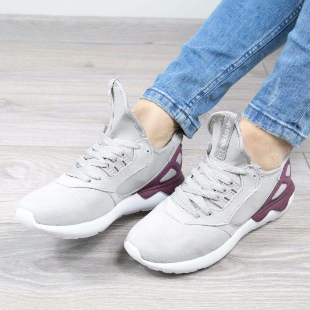женские кроссовки серые