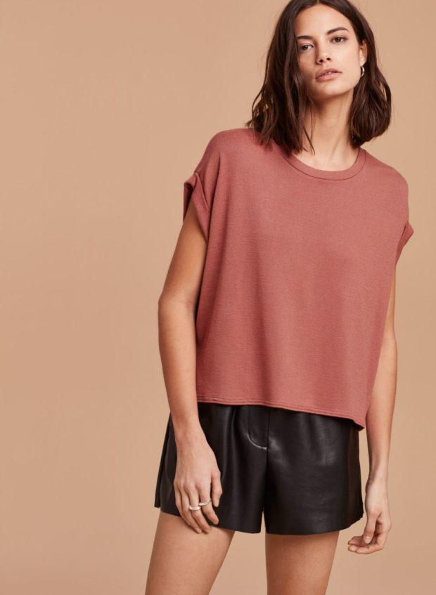 футболка коричневая