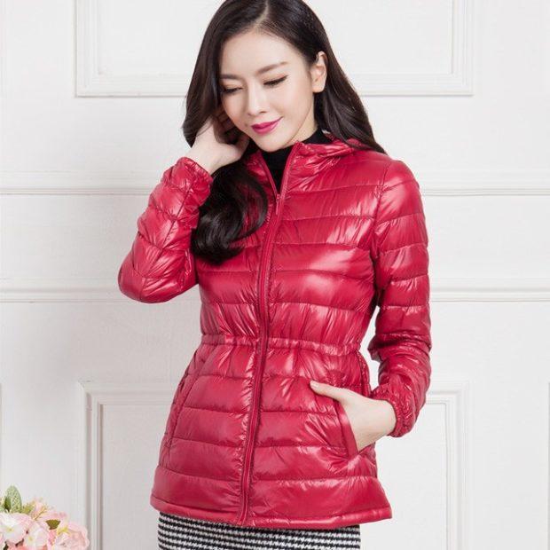 зимний лук: куртка красная