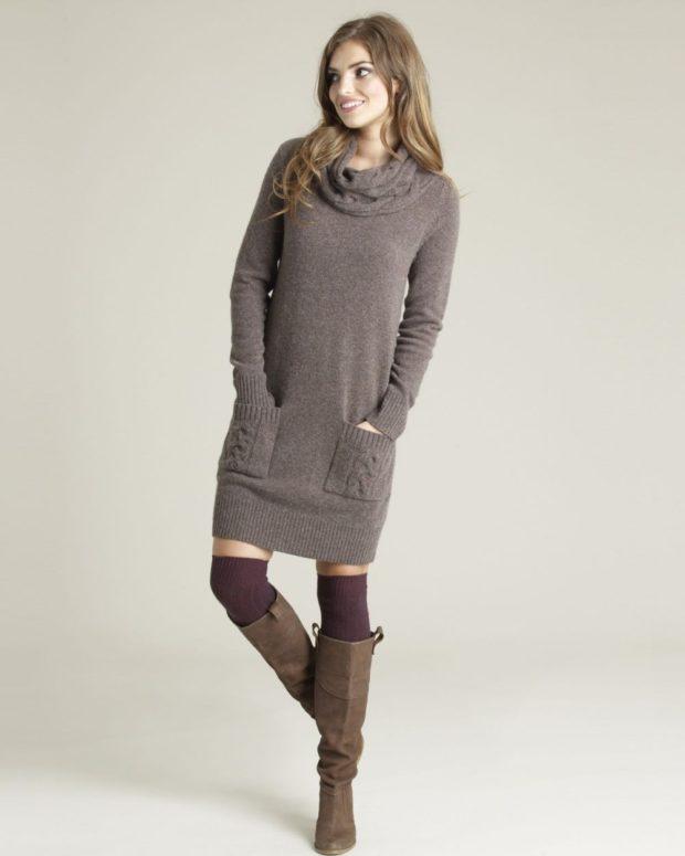 Луки осень-зима: платье свитер серое с карманами