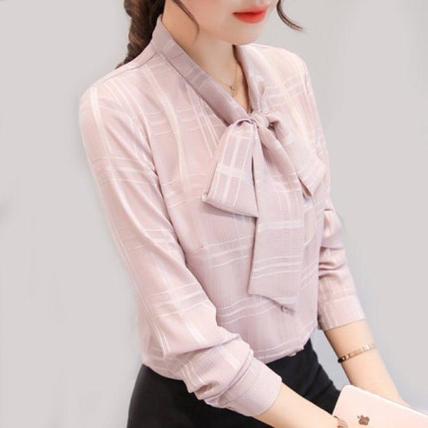 модные блузки из шифона 2018 с бантом нежно розовая