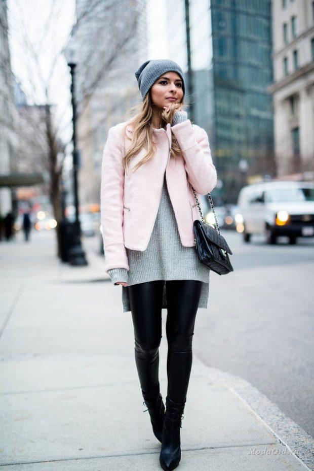 короткое светлое пальто