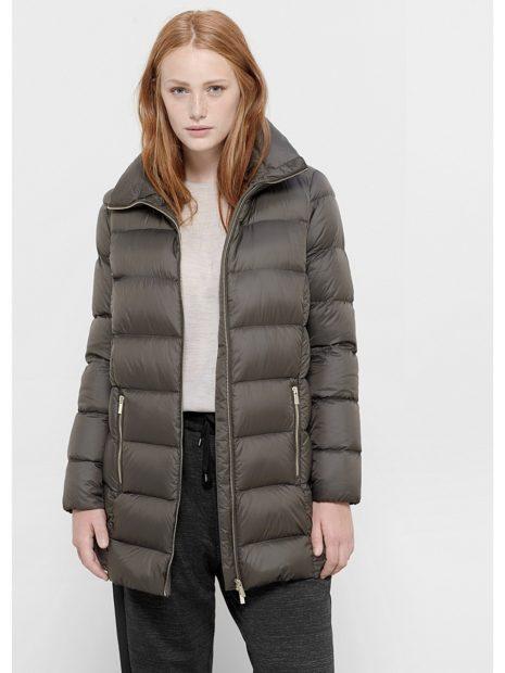 цвета осень зима 2018 2019 серая куртка зимняя модные