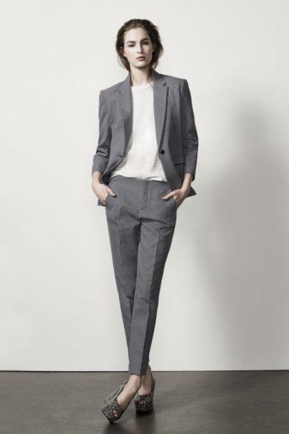 модные костюмы 2018 классический серый брючный костюм