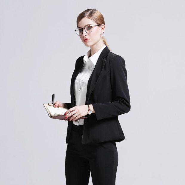 модные образы на 1 сентября 2018 брючный костюм черный под рубашку