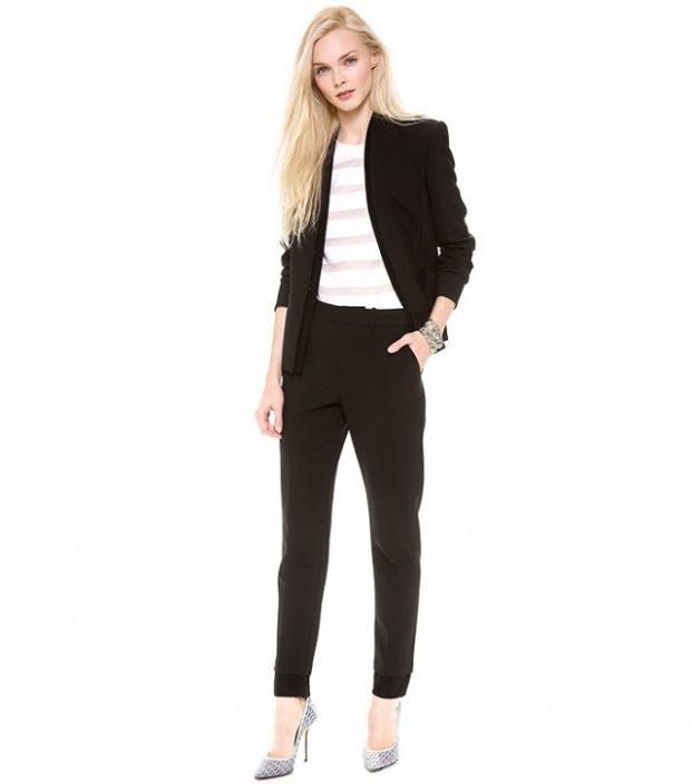 модные образы на 1 сентября 2019 брючный костюм черный под каблук