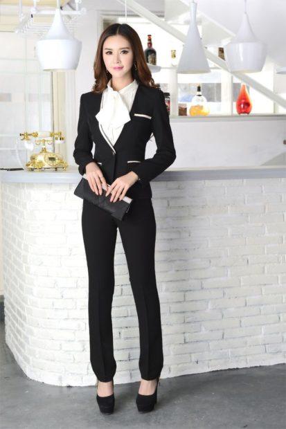 модные образы на 1 сентября 2018 брючный костюм черный пиджак приталенный с блузкой