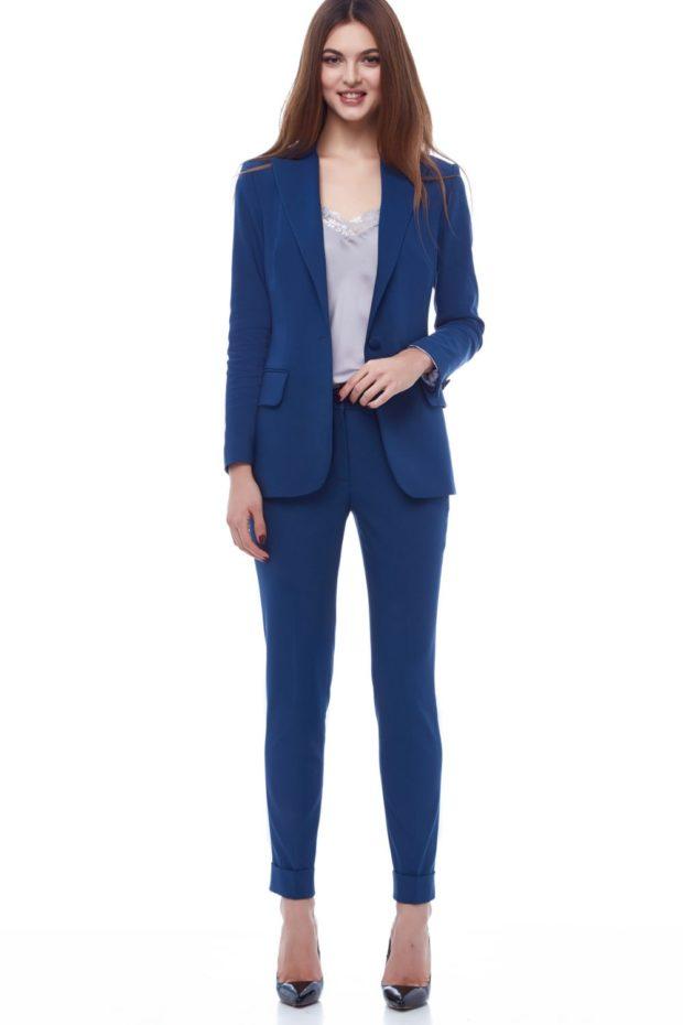 модные образы на 1 сентября 2019 костюм синий брючный
