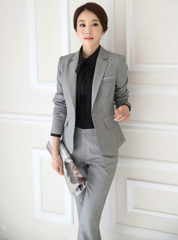модные образы на 1 сентября 2019 костюм серый брючный