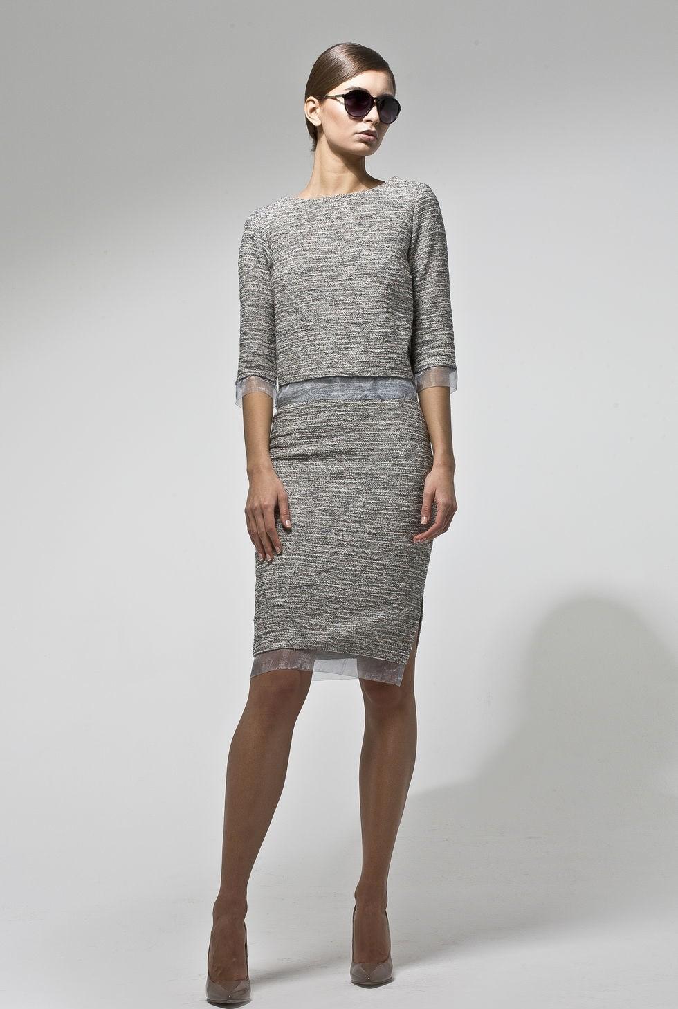 модные образы на 1 сентября 2018 серая юбка и кофта