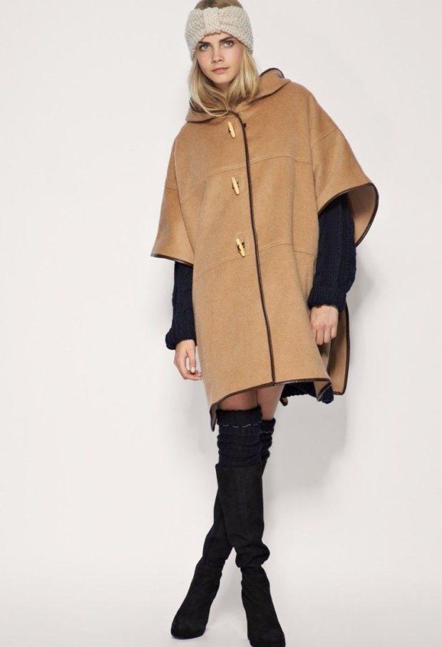пальто женское осень 2019: коричневое короткий рукав широкое