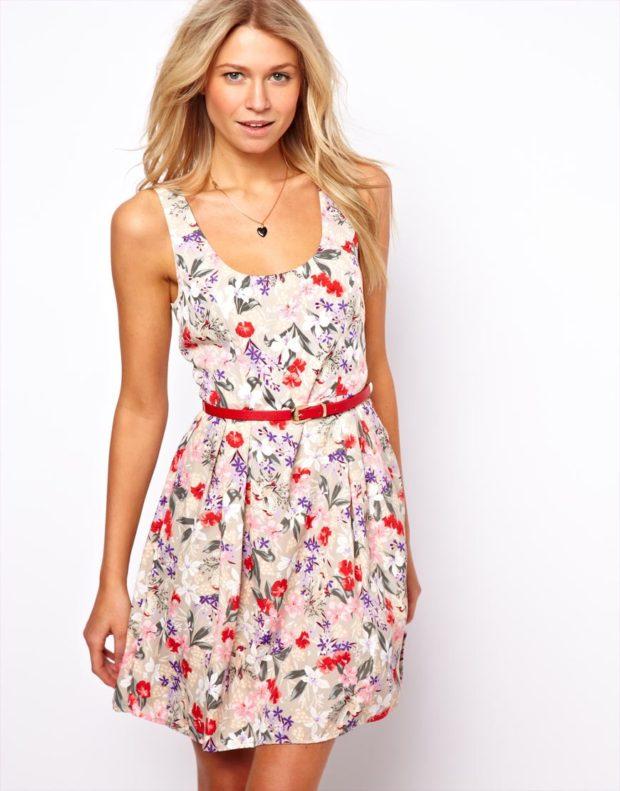 модные летние платья на каждый день: летнее приталенное