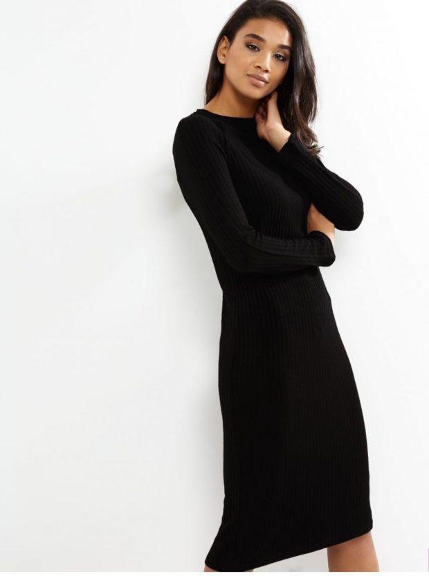 модные летние платья на каждый день: длинное черное по фигуре