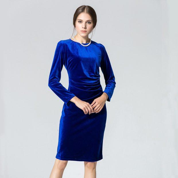 модные платья на каждый день 2018 синее бархатное