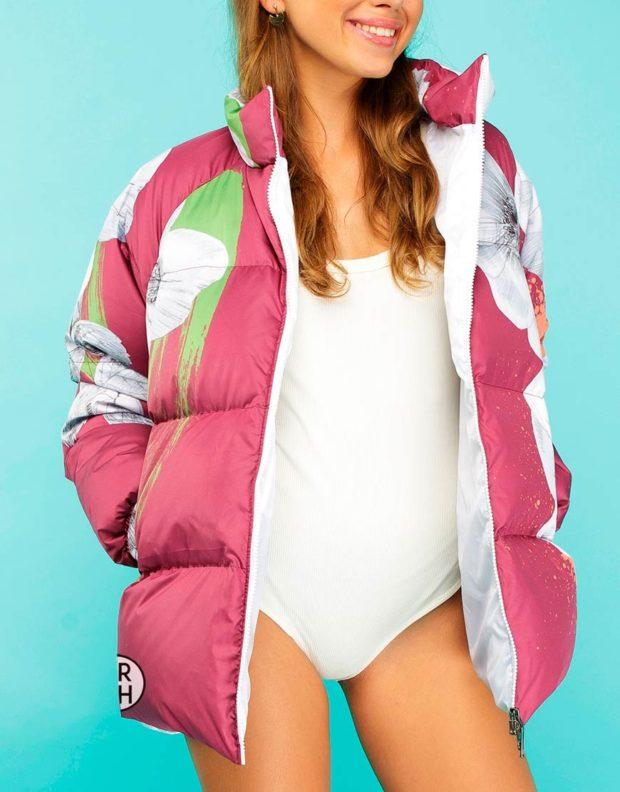 модные пуховики осень зима 2019-2020: куртка короткая розовая с рисунком