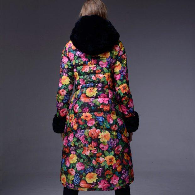 модные пуховики осень зима 2019-2020: куртка длинная в цветы