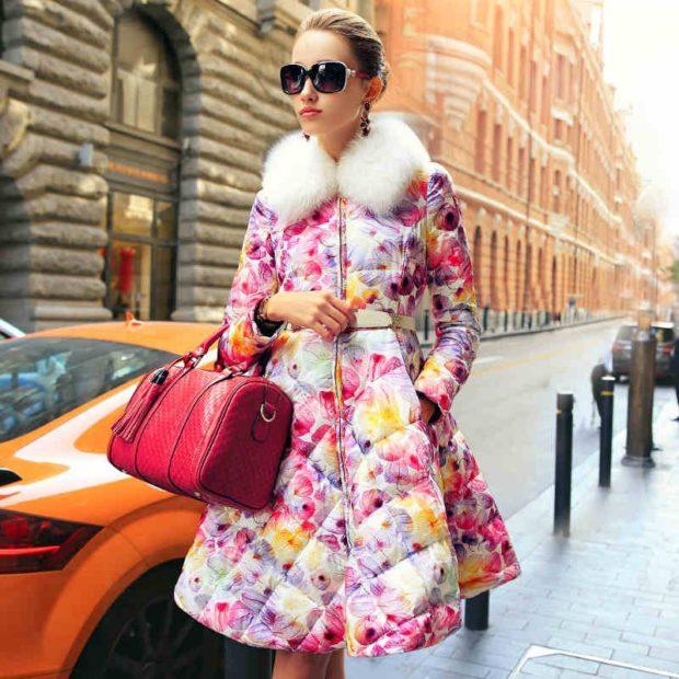 модные пуховки осень зима 2019-2020 платье с цветами