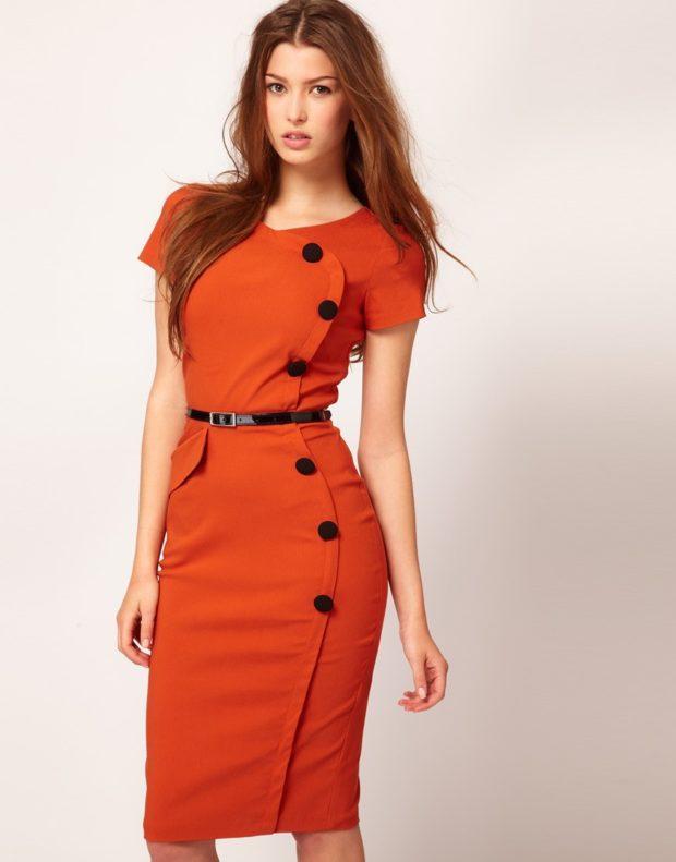 модные сеты: платье оранжевого цвета