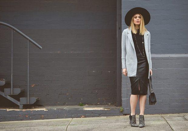 модный сет: юбка кожаная под серый пиджак