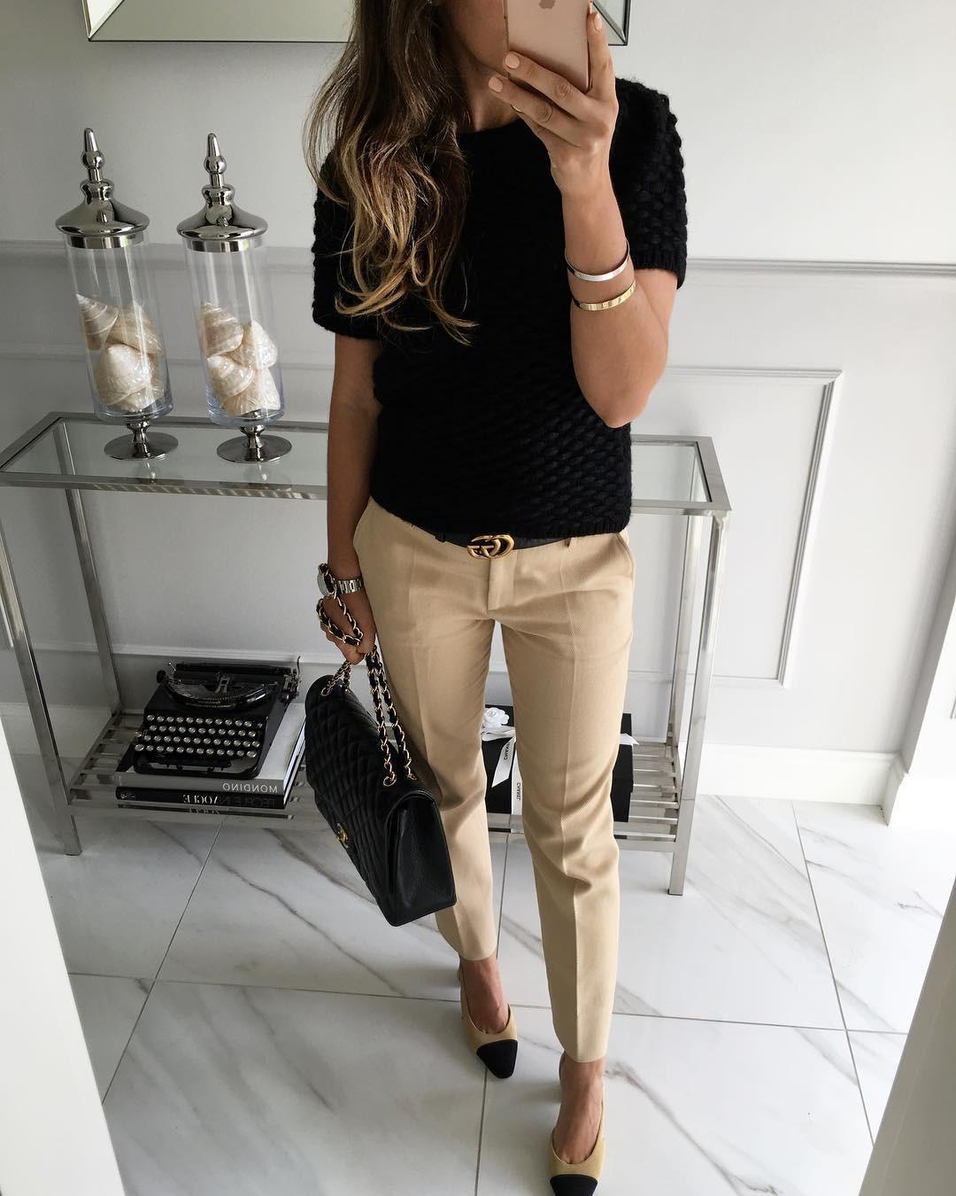 модные сеты 2018: светлые брюки под черный верх