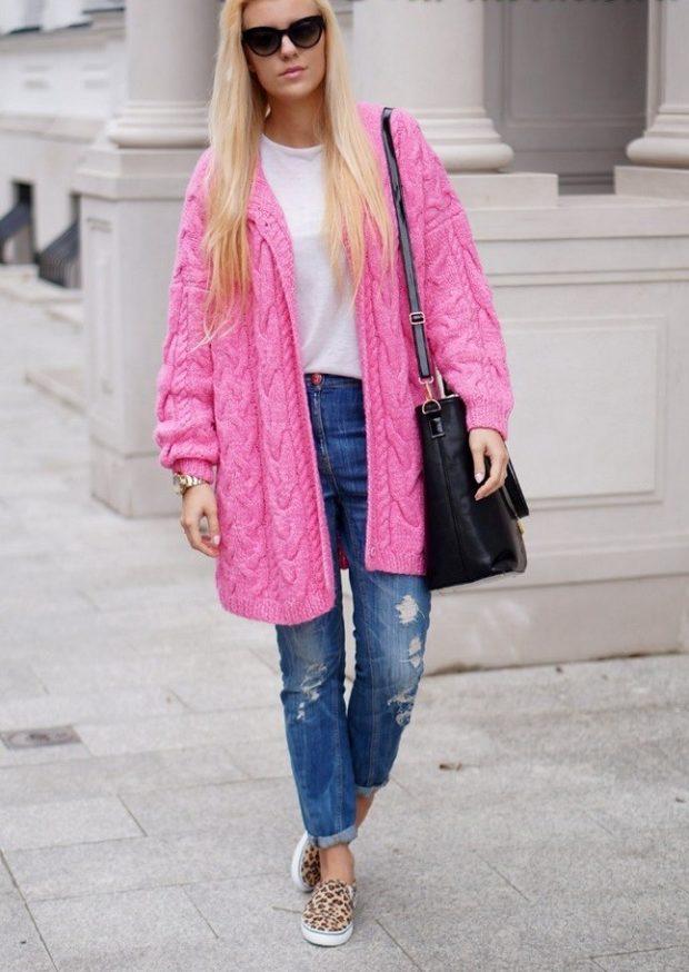 розовый кардиган под джинсы
