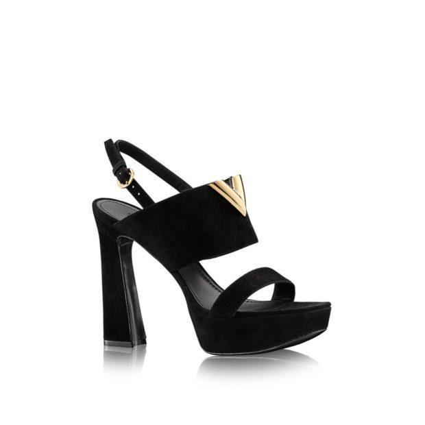 модные туфли 2018-2019 на толстом каблуке с застежкой черные
