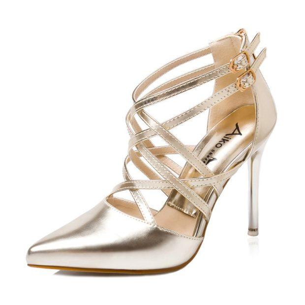 модные туфли 2018-2019 серебристые на каблуке