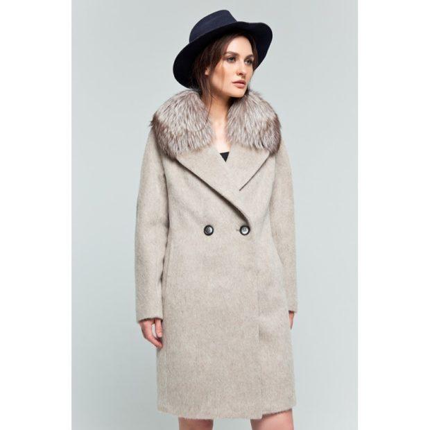 модное пальто осень зима 2018 2019 с мехом серое