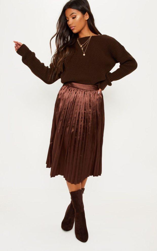 луки 2019-2020: блестящая юбка плиссе