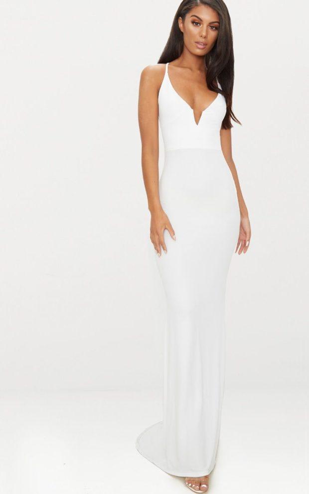 Модные платья на выпускной 2019: белое на лямках
