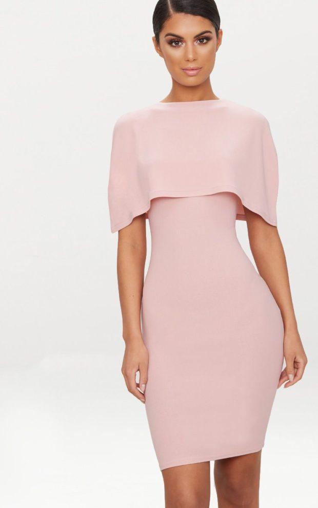 Модное платье для выпускного: розовое закрытые плечи