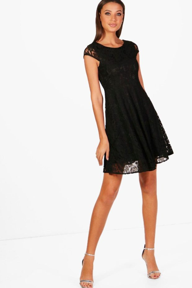 выпускное платье: черное кружево