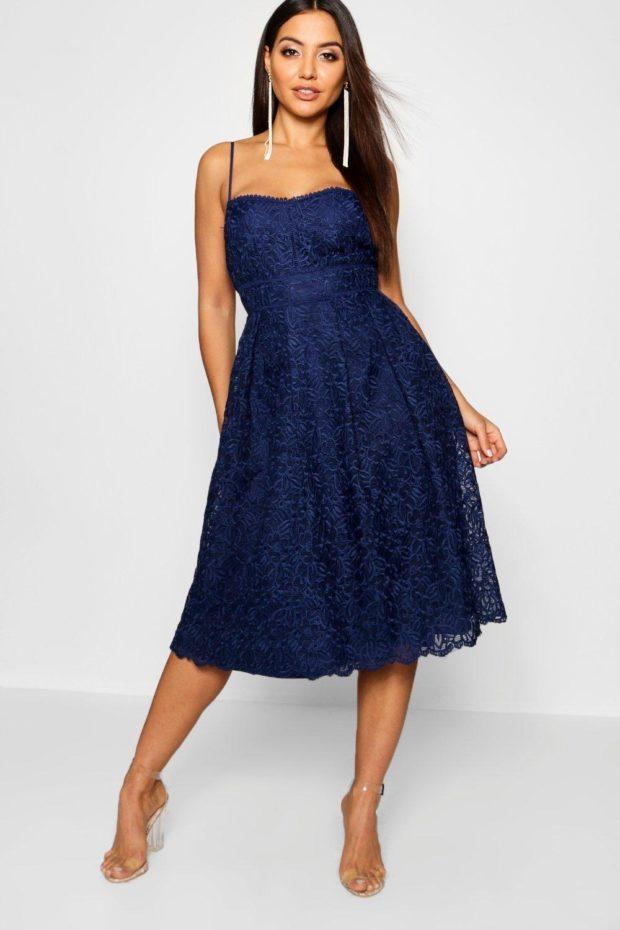 выпускное платье: синее ажурное