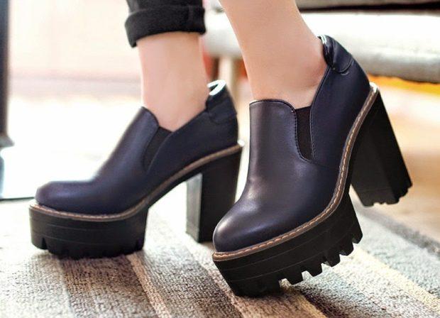 туфли на тракторной подошве с чем носить под штаны черные