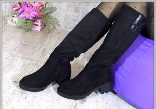 замшевая обувь на тракторной подошве с чем носить под платье