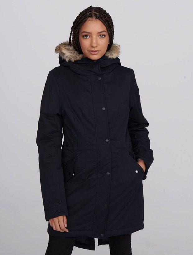 palto-na-sintepone-osen-zima