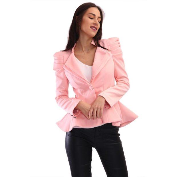 пиджаки 2018 пеплум розовый короткий