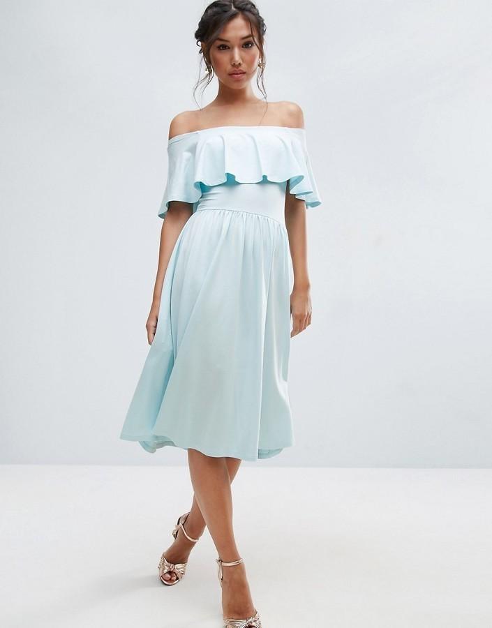 платья на каждый день 2019 2019 года платье с открытыми плечами голубое