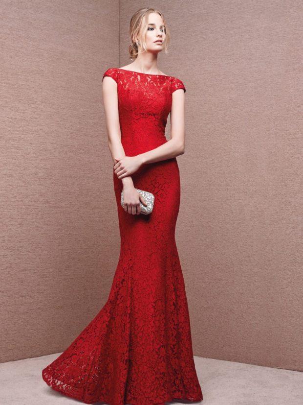 платье на выпускной: красное рыбка с гипюром