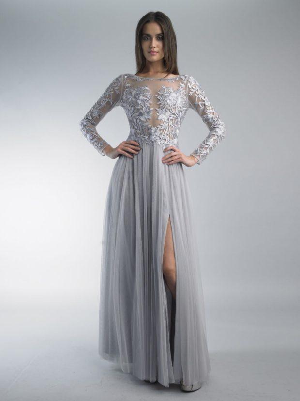 платья на выпускной 2019: серое с гипюром в пол